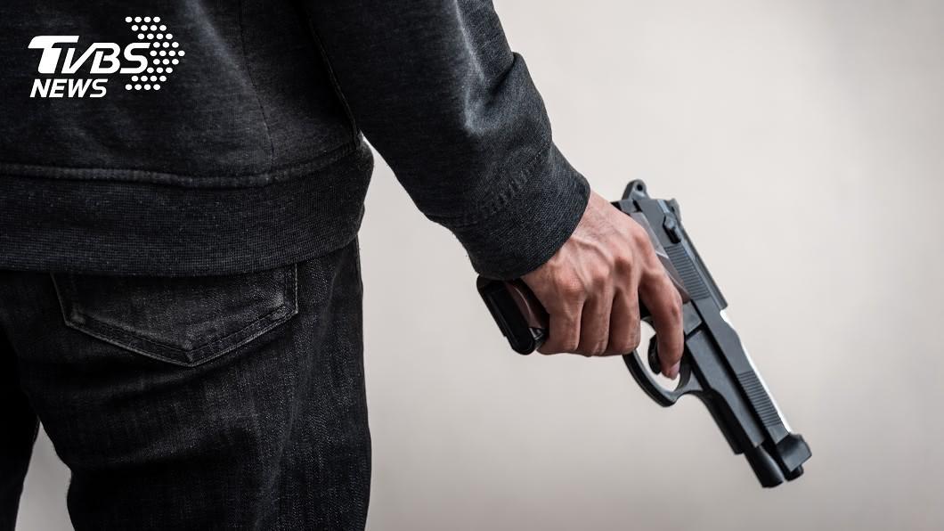 (示意圖/shutterstock達志影像) 善心提醒放慢速度 小學生慘遭飆車男「轟3槍報復」