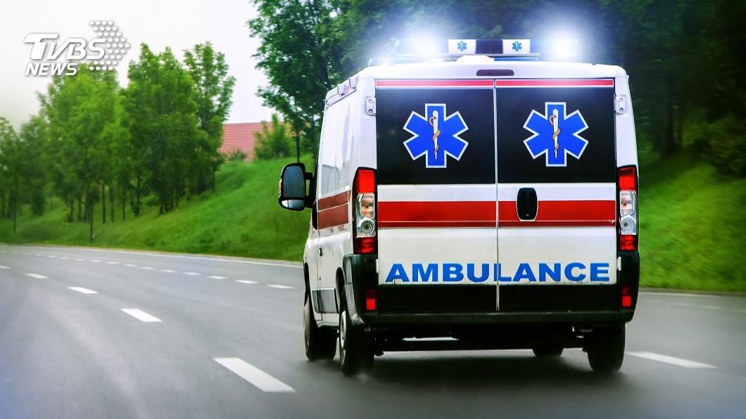 美國一名20歲女子遭誤判死亡被裝進屍袋,結果導致腦部嚴重損傷,搶救2個月後仍往生。(示意圖/shutterstock 達志影像) 妙齡女遭誤判死亡 裝屍袋數小時害腦損傷2月後真往生