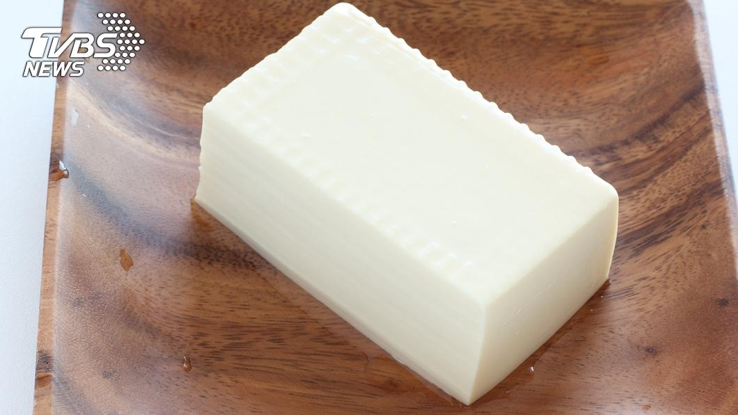 與事件無關。(示意圖/shutterstock達志影像) 主婦「神招」倒出完美盒裝豆腐 網一看全跪了:長知識