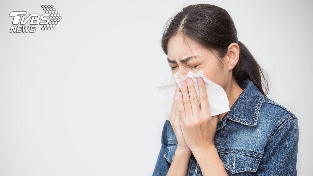 許多人感冒都會猶豫要不要就醫。(示意圖/shutterstock達志影像) 感冒別拖必就醫?醫揭5症狀莫再等:耳鳴合併頭痛