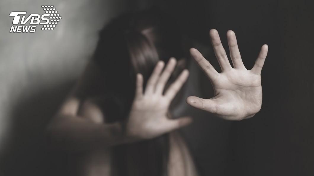 (示意圖/shutterstock達志影像) 詭孩哭聲迴盪套房!女大生嚇壞找陪睡 男忍不住下場慘