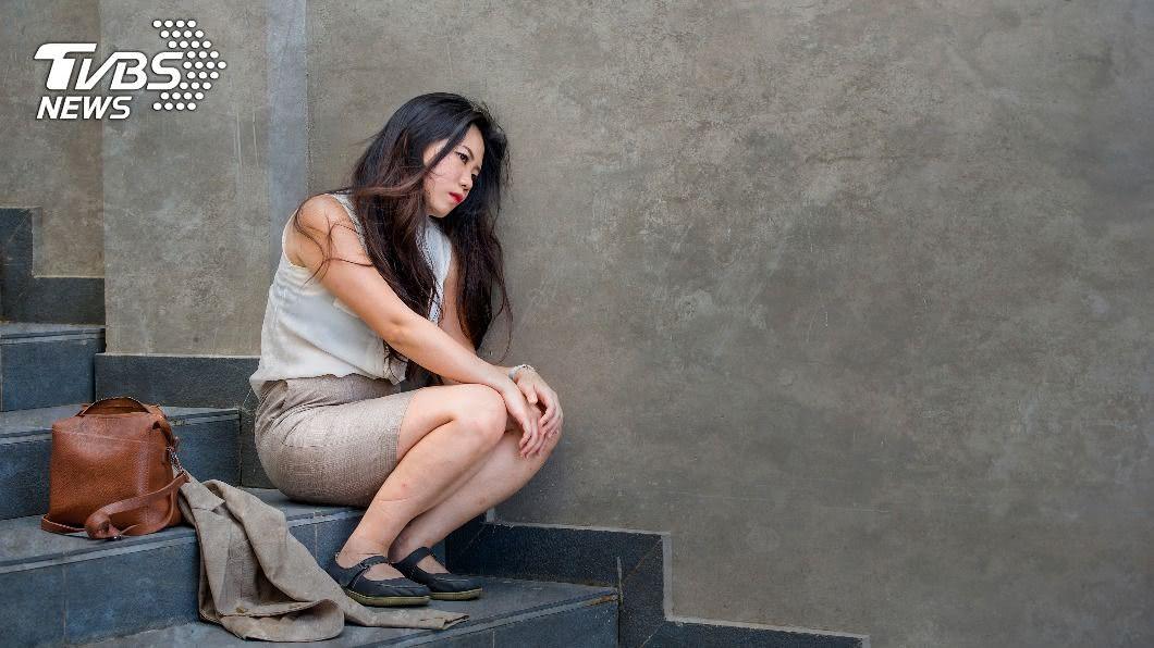 根據統計,全球約有2億6400萬人被憂鬱症困擾。(示意圖/shutterstock達志影像) 憂鬱症能治癒? 醫盤點3成因:及早尋協助防惡化