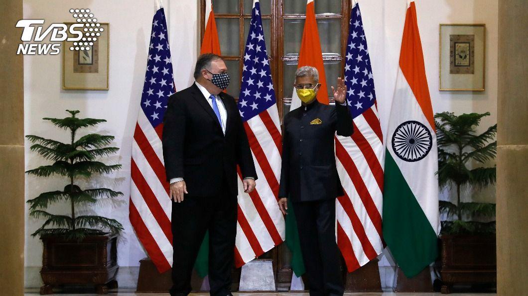 龐佩奧和印度外交部長蘇杰生進行會談。(圖/達志影像美聯社) 美國務卿訪印展開談判 共商合作以因應大陸威脅