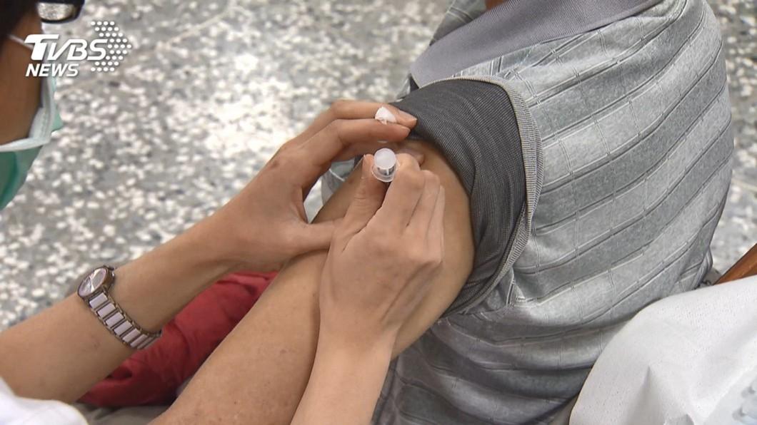 流感疫苗示意圖。(圖/TVBS) 南韓59死掀恐慌 醫建議「2情況」先別打流感疫苗