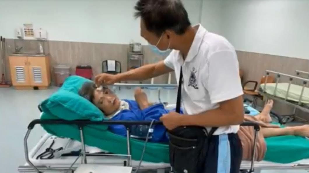 黃婦的丈夫不放棄希望,終於成功喚醒愛妻。(圖/台中醫院提供) 暖夫不放棄陪伴300多天 終喚醒腦傷昏迷愛妻