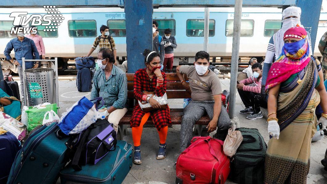 (圖/達志影像路透社) 印度新增感染逾4萬 確診病例逼近800萬大關