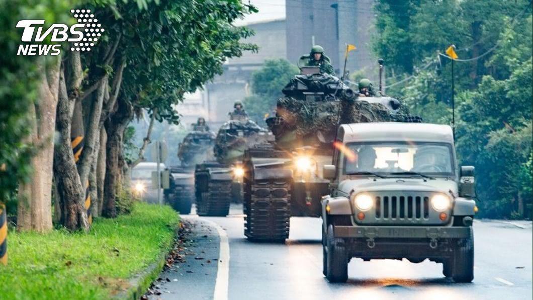 (圖/中央社) 國軍戰備週 陸軍3部戰車罕見出現宜蘭街頭
