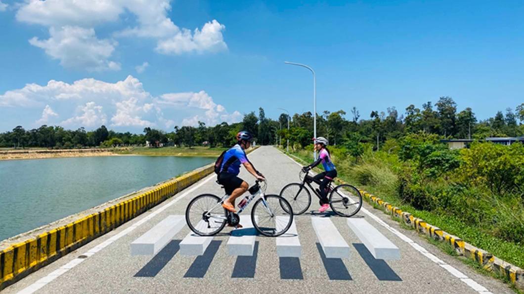(圖/中央社) 雄獅看好國旅一片暢旺 買千台單車推自行車旅遊