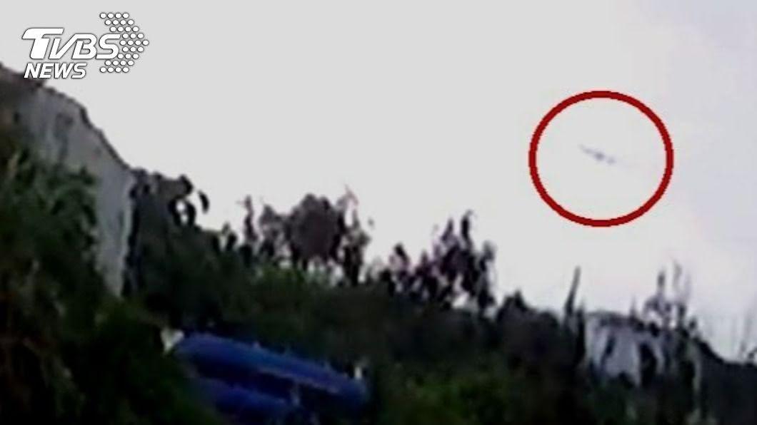F-5E戰機失事前畫面曝光。(圖/TVBS) F-5E墜機前畫面曝光 「機頭朝上」朱冠甍曾奮力挽救