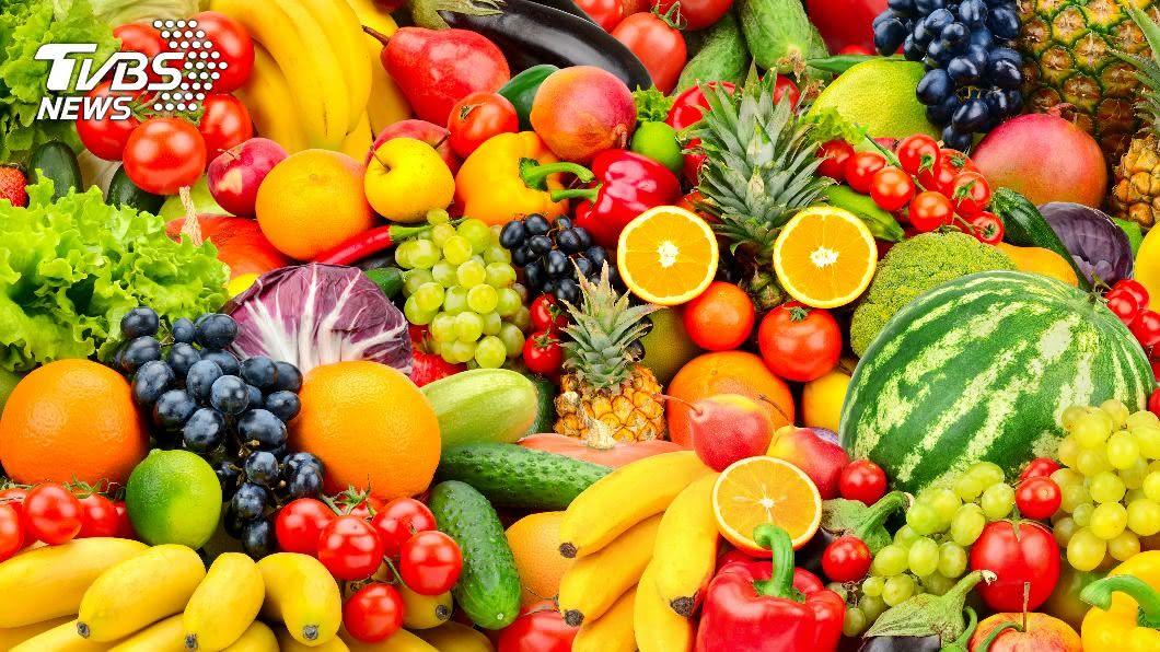 五種「低醣高纖水果」,吃了會有飽足感外,還能美白、消水腫。(示意圖/shutterstock達志影像) 越吃越瘦不是夢!5大「低醣高纖水果」 消水腫又美白