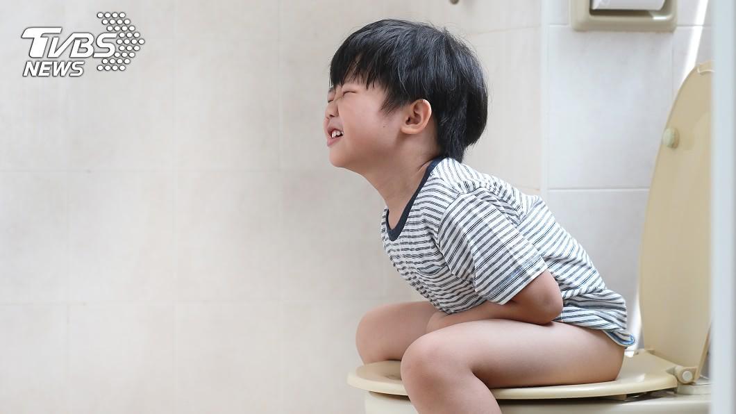 (示意圖/shutterstock達志影像) 13歲男好奇尿從哪來 醫見膀胱藏「70公分電線」嚇壞