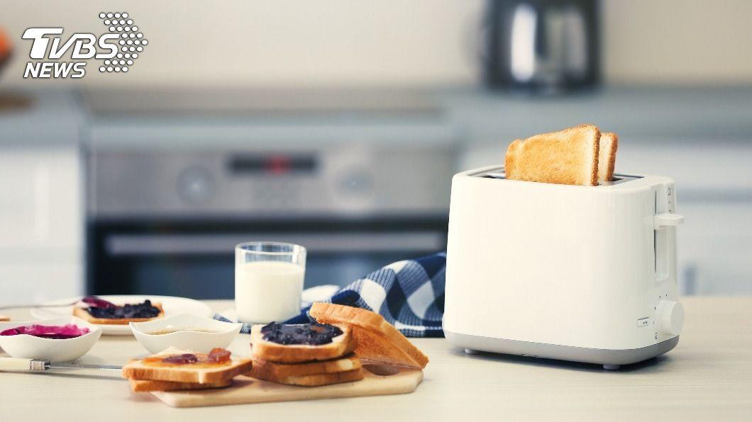 減肥時不吃早餐反而更易囤積脂肪。(示意圖/shutterstock達志影像) 不吃早餐恐變更胖?哈佛醫曝「1吃法」減重兼具抗老