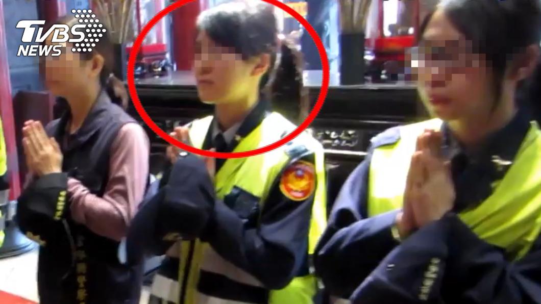 黃姓女警相當孝順,遭遇意外親友悲痛不已。(圖/TVBS) 月花400元顧家不婚 女警遭輾斃母慟:下輩子別當警察