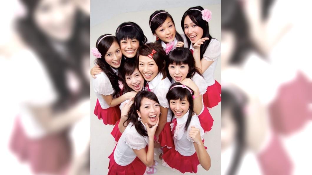 黑Girl為台灣當年人數最多的女團。(圖/翻攝自黑澀會美眉臉書) 滿滿回憶殺!那些年追過的「10大女團」 你還記得幾個
