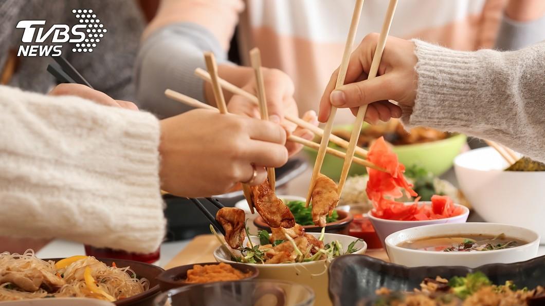長期吃過鹹的食物,罹患糖尿病風險會增加40%。(示意圖/shutterstock 達志影像) 吃太鹹恐罹糖尿病 高風險徵兆「頻尿、口乾」都入列