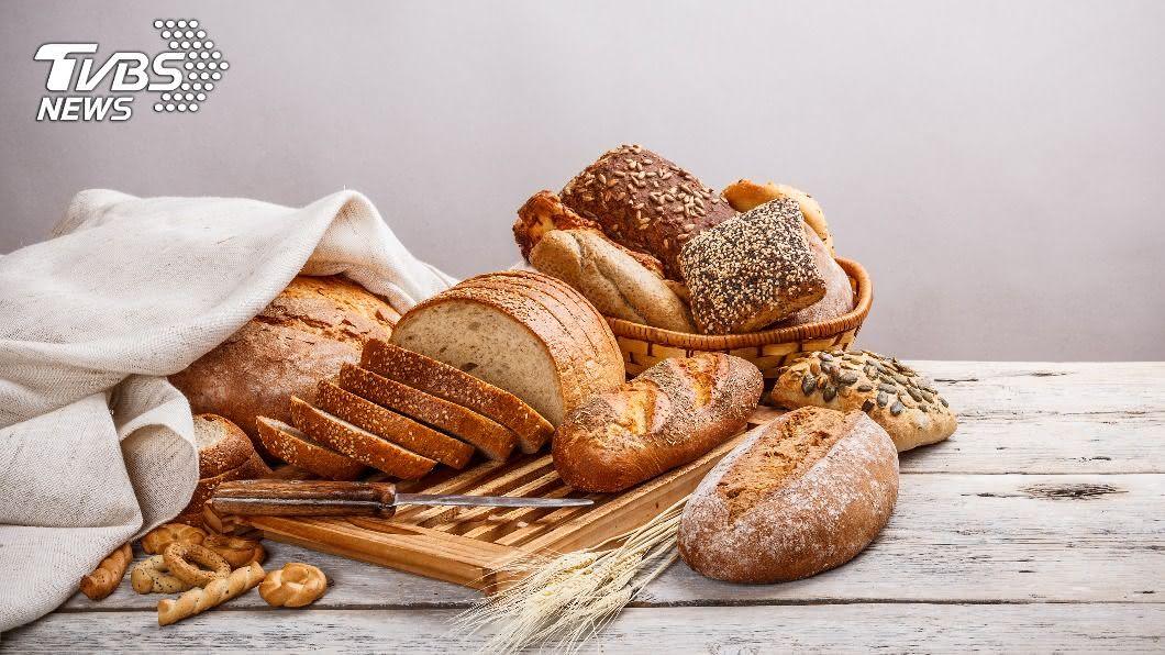麵包是隱藏版高糖分食品,吃一個就可能超過每日糖分攝取建議量。(示意圖/shutterstock達志影像) 5大隱藏版高糖食物 吃多恐增加骨折風險