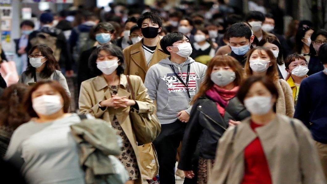 圖/達志影像路透 日本連兩天確診破2千 東京「五小」政策防失控