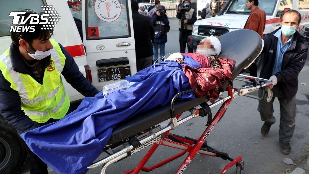 阿富汗首都遭火箭攻擊,造成8人死亡。(圖/達志影像路透社) 阿富汗首都發生「連環火箭攻擊」 造成8死31傷