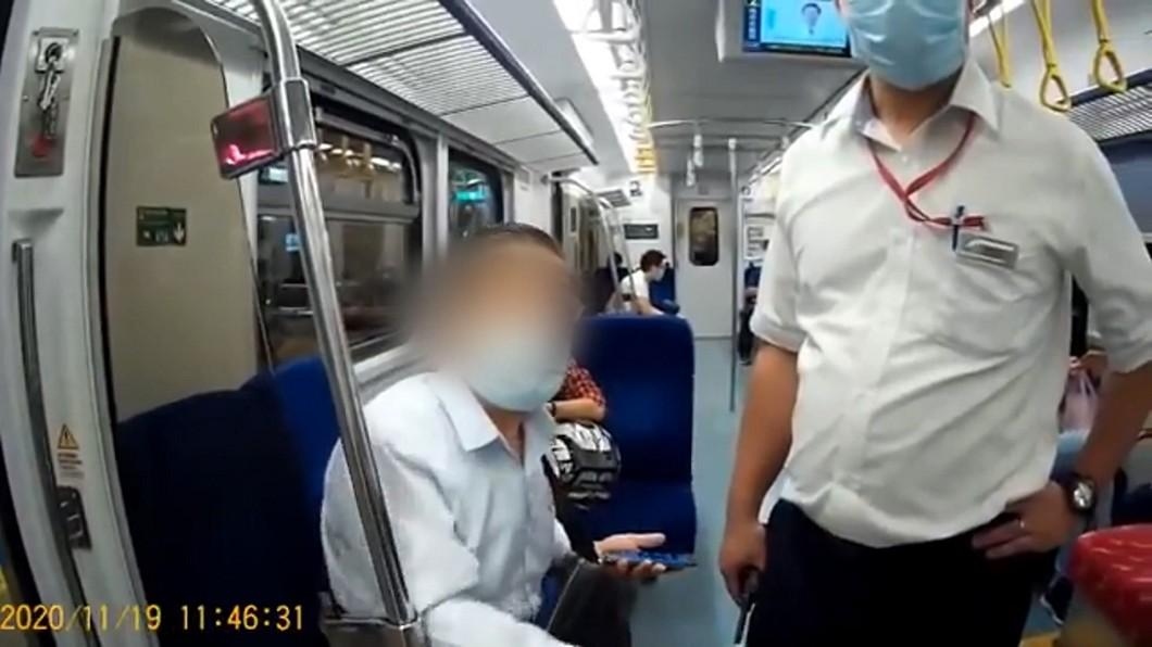 進站嘸紀錄!男「拒補8元票」 推列車長爆口角