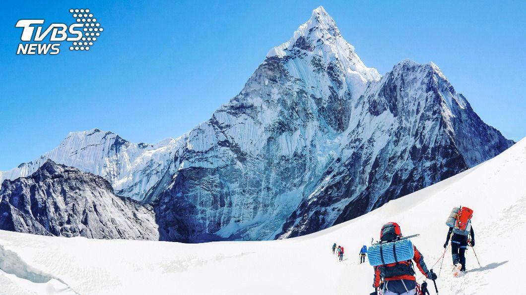 聖母峰淪為「世界最高垃圾場」 疑全是登山客殘留物