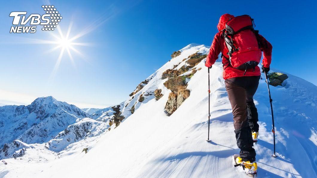 美國一名男子登山時意外迷路。(示意圖/shutterstock 達志影像) 男登山心臟停45分「起死回生」 醫:還能活幾十年