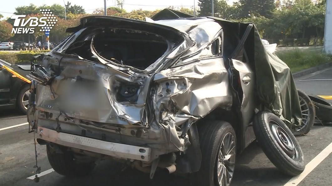 國道4死車禍「沒人繫安全帶」翻車全拋飛