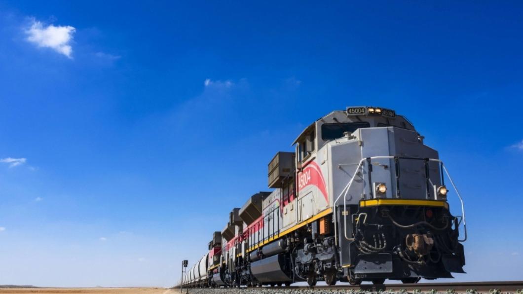 圖/翻攝自 Etihad Rail 官網 阿拉伯聯合大公國 首條國鐵新經濟動脈