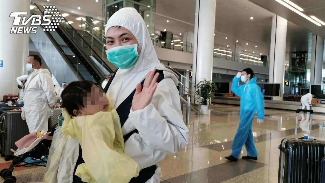 女嬰家屬對台灣人的善良畢生難忘。(圖/中央社) 越南女嬰赴台成功換肝 家屬畢生感念台灣人善良