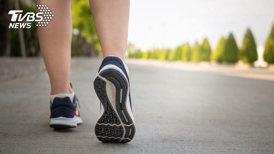 每天走7500步,可以得到最大健康效益。(示意圖/shutterstock達志影像) 忙到沒時間顧健康? 研究:5運動既省時又延年益壽