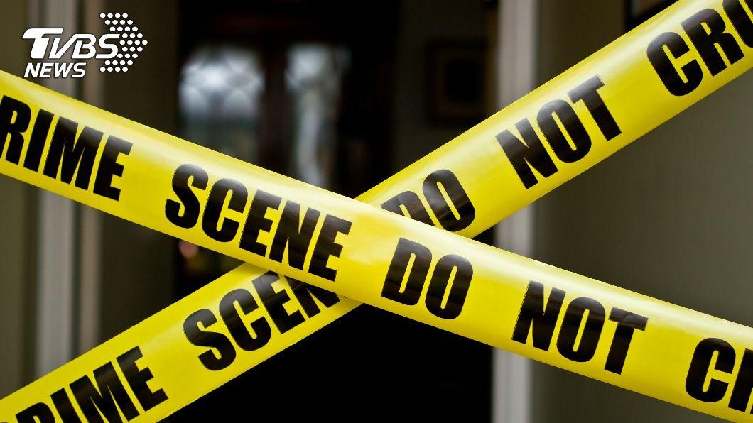 警方趕往事發公寓,驚見阿尼爾已成一具腐屍。(示意圖/shutterstock 達志影像) 室友遭捅死成腐屍 嫌花光積蓄投案辯:他怪怪的