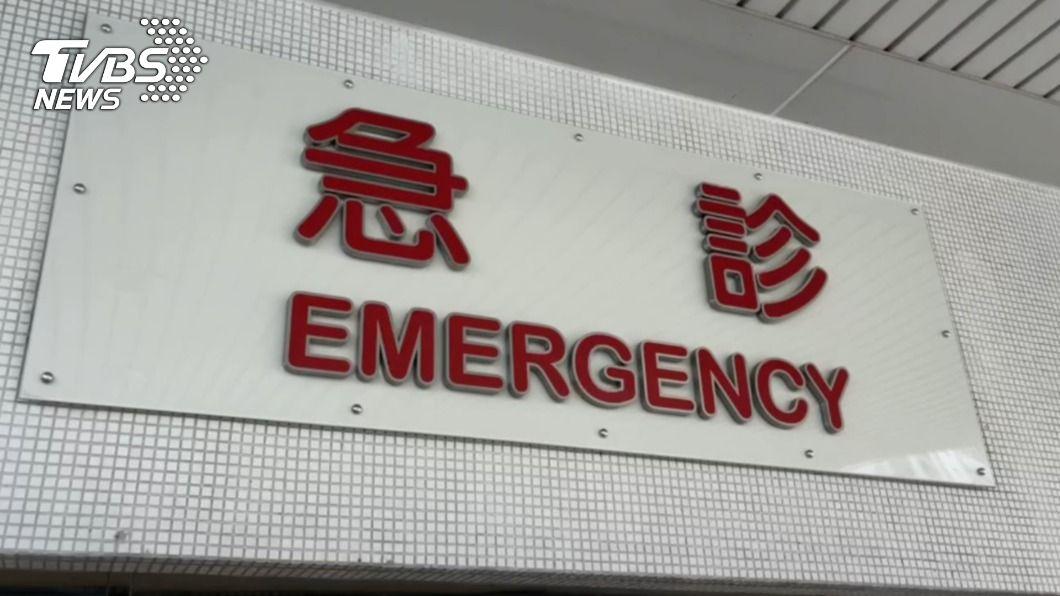 單親媽媽頭破血流送急診,卻遭醫師諷刺。(示意圖/TVBS) 小酌摔破頭遭醫護諷「爛透」 單親媽坐起嗆:很清醒