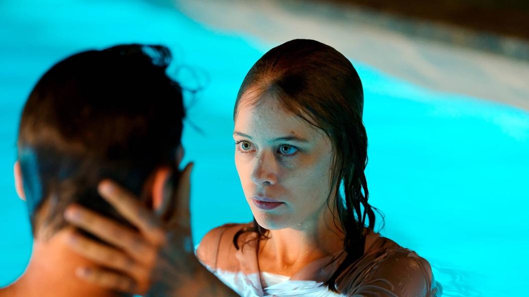 導演堅持不拍性愛戲,認為「愛」才是電影核心。(圖/翻攝自海鵬影業臉書) 堅持「愛」才是電影核心 德導演13年奪5座影后獎