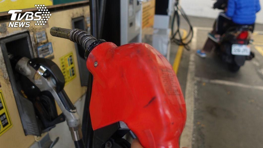 油價連8漲 汽柴油明起各調漲3角、1角