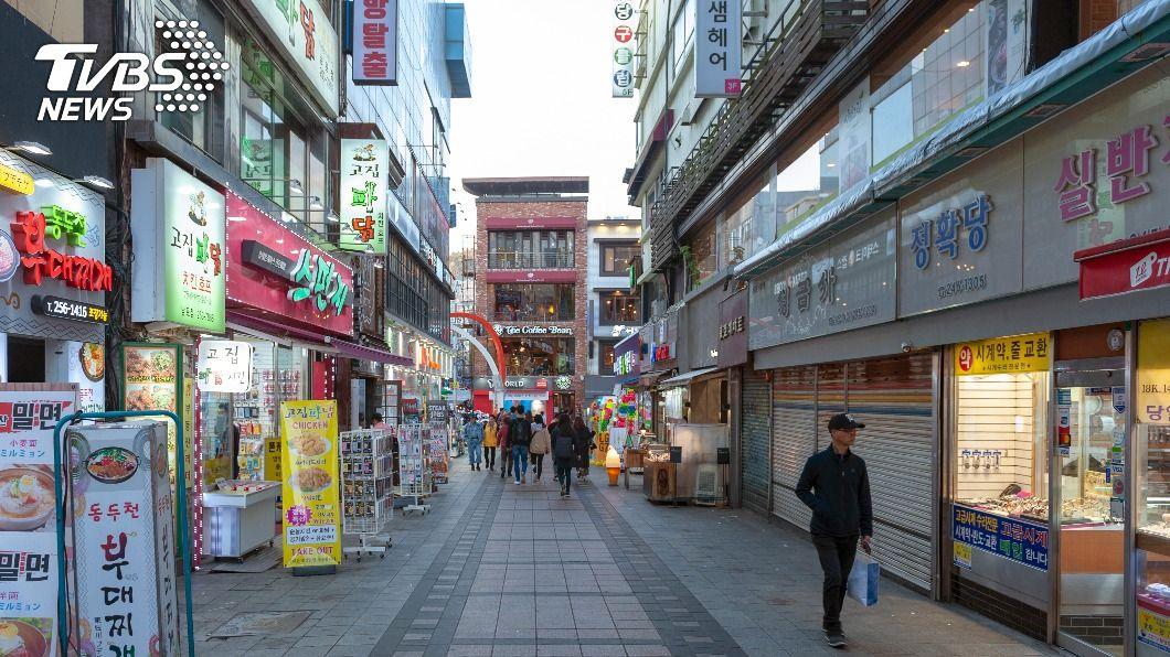韓國連2日確診數創新高,恐有封城可能。(示意圖/shutterstock 達志影像) 韓國日增千例確診連2天破紀錄 封城可能性升