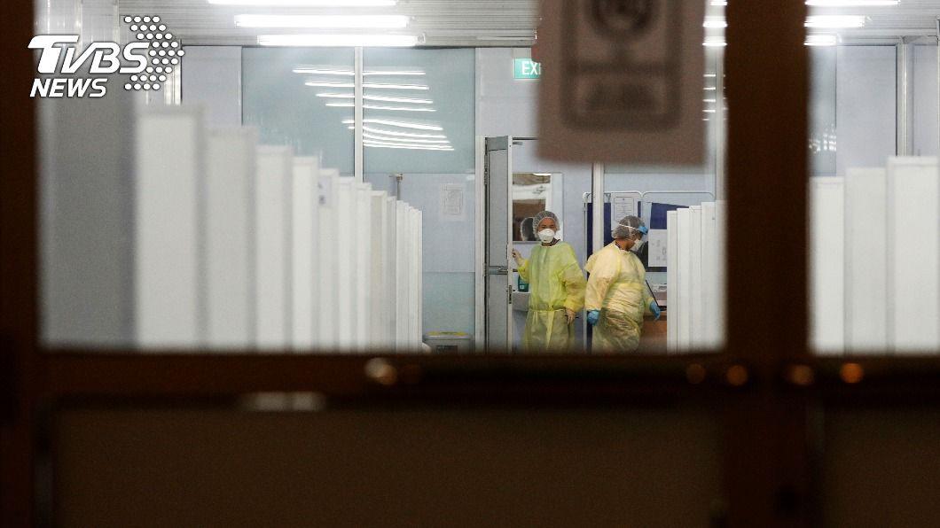 新加坡政府對宿舍移工大量篩檢。(圖/達志影像路透社) 新加坡大量篩檢宿舍移工 新冠肺炎盛行率約47%