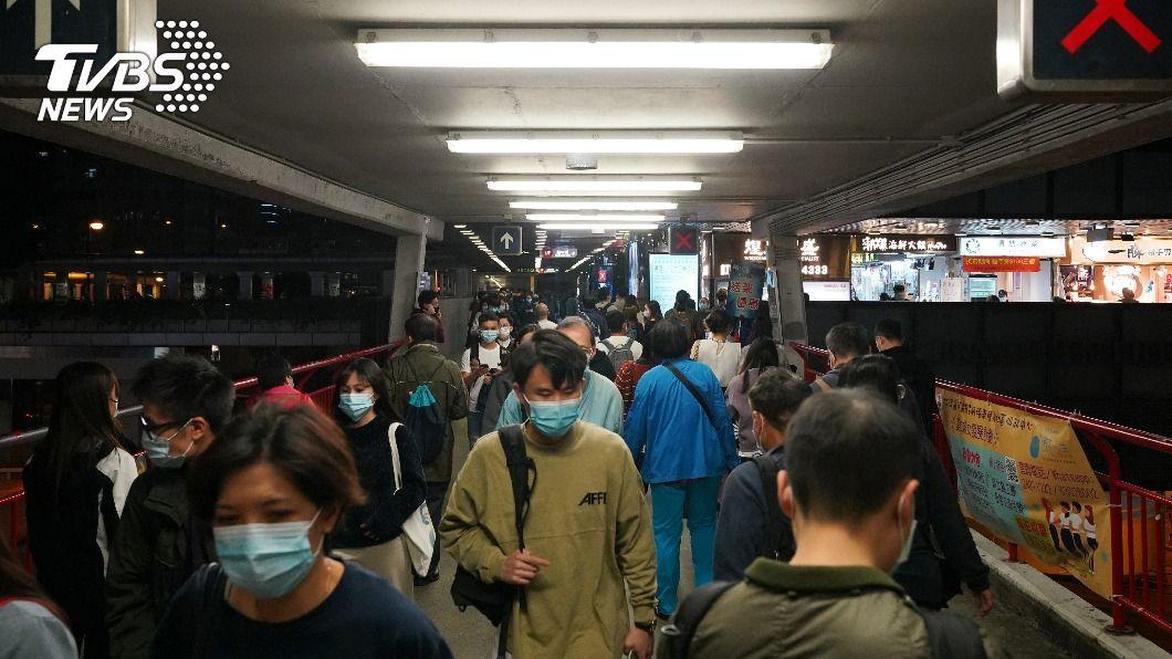 大陸再新增1例香港移入的確診個案。(圖/達志影像路透社) 北京再有香港移入確診 黑龍江、四川增3本土病例