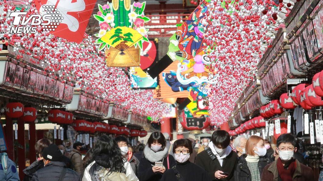 日本新冠肺炎疫情持續升溫。(圖/達志影像美聯社) 日本各地新增病例再創新高 全球新冠肺炎最新情報