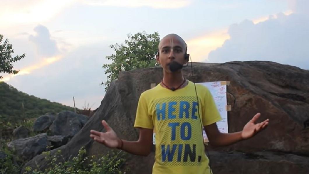 印度神童阿南德屢次預言成功。(圖/翻攝自 Conscience YouTube) 印度神童預言成真!英變種病毒肆虐 曝「災難結束日」