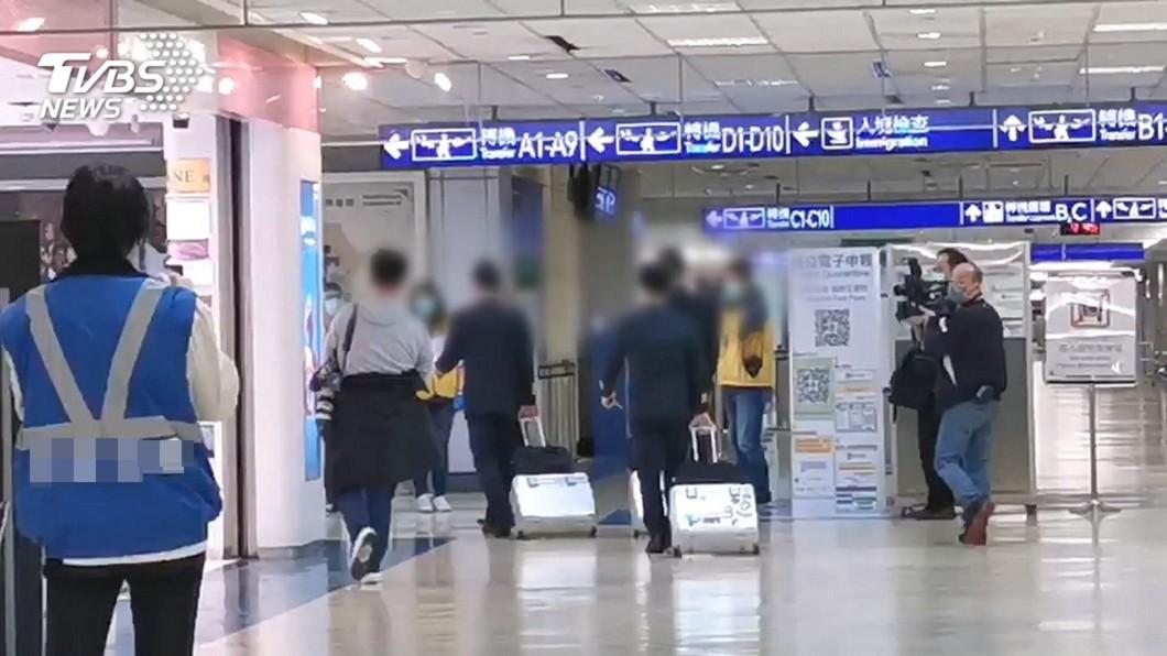 本土案例771為案765外籍機師友人。與本文人物無關。(示意圖/TVBS資料照) 「本土」病例再爆!8個月0確診破功 陳時中證實
