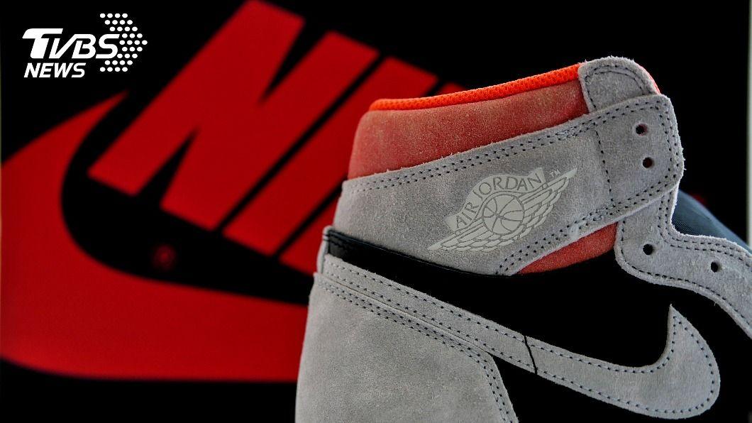示意圖/shutterstock達志影像 日本球鞋控擠破頭 「喬丹鞋」100萬日圓照買