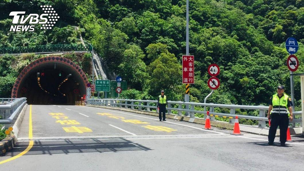 草埔隧道去年取締2萬多件違規。(圖/TVBS資料畫面) 屏東10處測速取締 草埔隧道北向2.3萬件最多