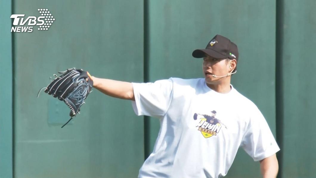 旅日阪神虎隊投手陳偉殷。(圖/TVBS資料畫面) 陳偉殷2度面對打者投球 慢慢找回手感有收穫