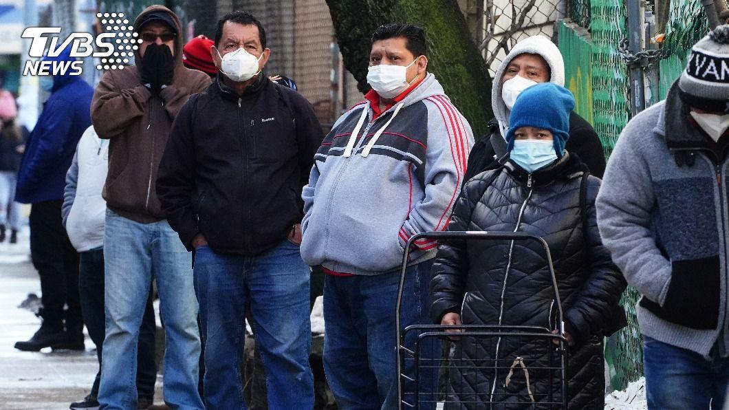 美國仍是疫情最嚴重國家。(圖/達志影像路透社) 全球染疫突破8000萬大關 逾175萬人死亡