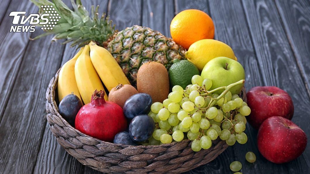 水果內含許多營養素,是許多減重者的最愛。(示意圖/shutterstock達志影像) 空腹別亂吃水果 「3類」下肚恐消化不良、胃脹痛