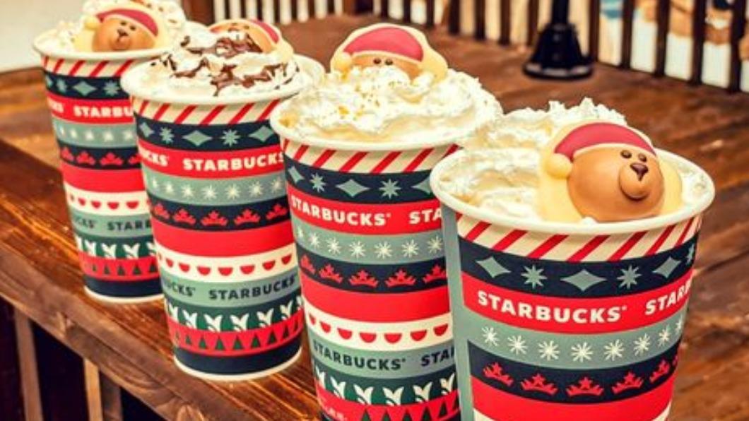 星巴克舉辦「新年相聚滿額贈」活動。(圖/翻攝自星巴克咖啡同好會臉書) 新年超爽優惠! 多家飲品推免費加料、買1送1