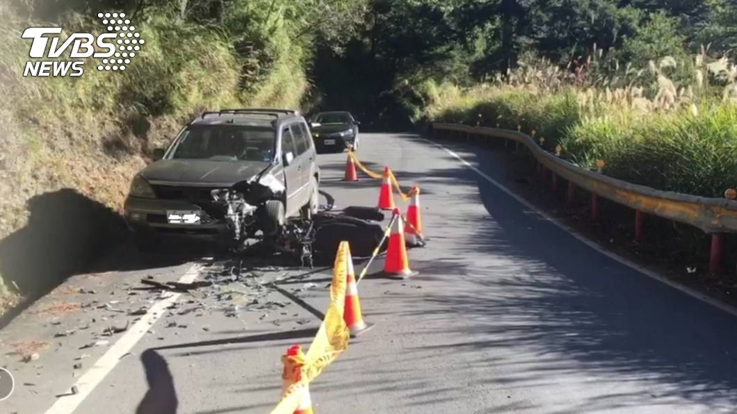 圖/TVBS 快訊/2021元旦變忌日 男大生中橫撞休旅車身亡