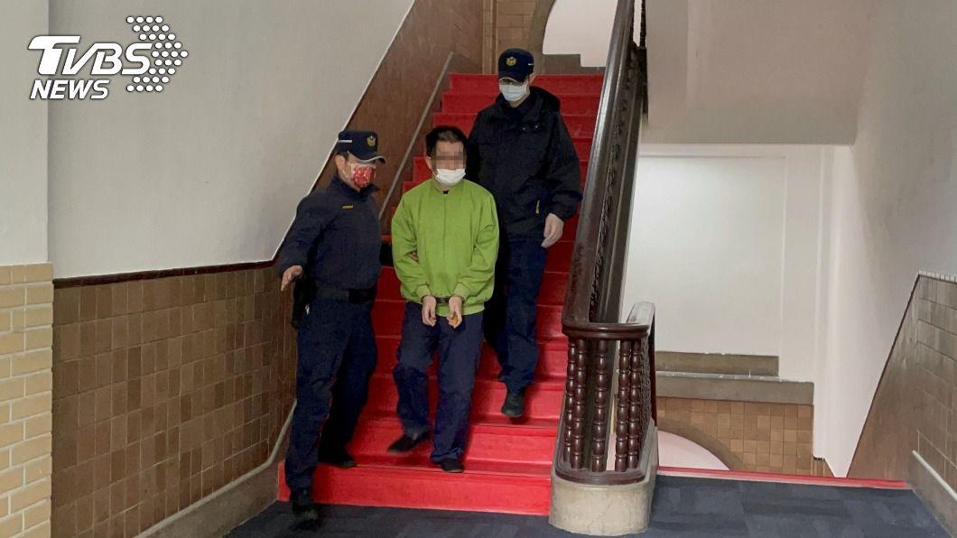 圖為林男庭訊後還押。(圖/中央社) 打死14天大男嬰 狠父稱天冷不開庭請求停押
