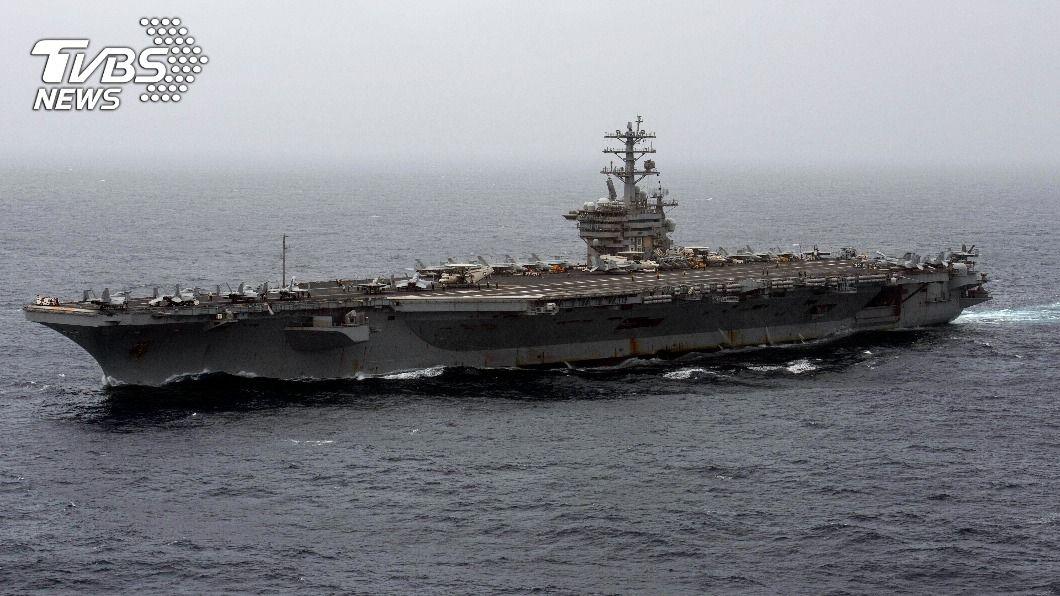美國航空母艦尼米茲號。(圖/達志影像美聯社) 應對伊朗威脅 美國防部下令航母續留波灣地區