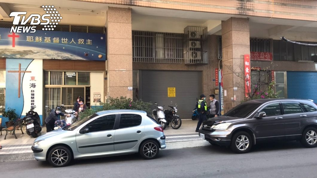 台中一名婦人被發現陳屍屋內多時。(圖/TVBS) 細故爭吵遭趕出家門6天 夫再返家驚見妻子陳屍