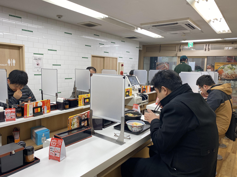 圖/中央社 日本東京疫情緩和 餐飲店解除酒禁但須符合條件
